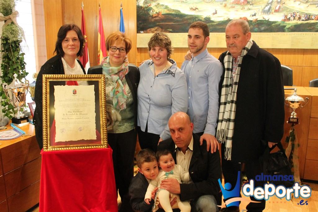 Beatriz Laparra ya es Hija Predilecta de la Ciudad de Almansa 2