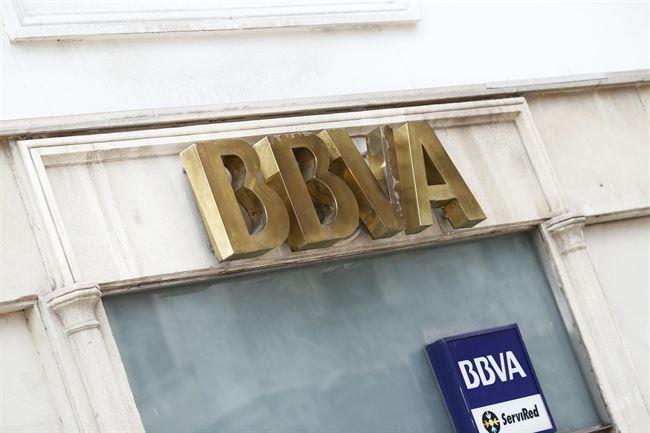 Santander bbva bankia la caixa banco popular y banco for Oficina la caixa sabadell