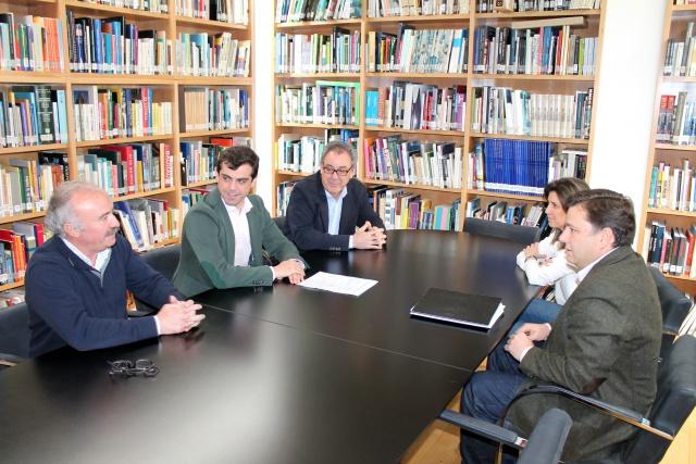 Javier cuenca se compromete a crear una mesa de mejora - Arquitectos albacete ...