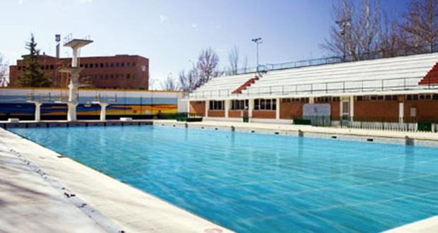 Las piscinas municipales de albacete abrir n la temporada for Horario piscina alaquas