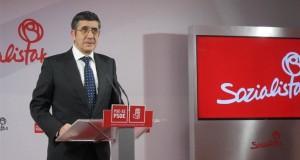 Patxi López ve posible un acuerdo PSOE y Podemos para desbancar al PP de Moncloa, aunque sea el más votado