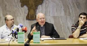 Foto de archivo del obispo de Albacete, Ciriaco Benavente.