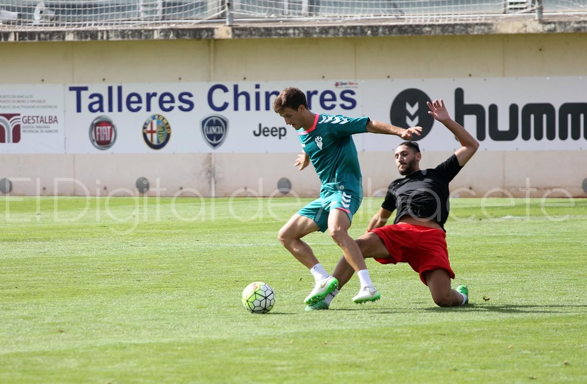 Partidillo entrenamiento_Ciudad Deportiva_PRETEMPORADA_2015_noticias_albacete (44)