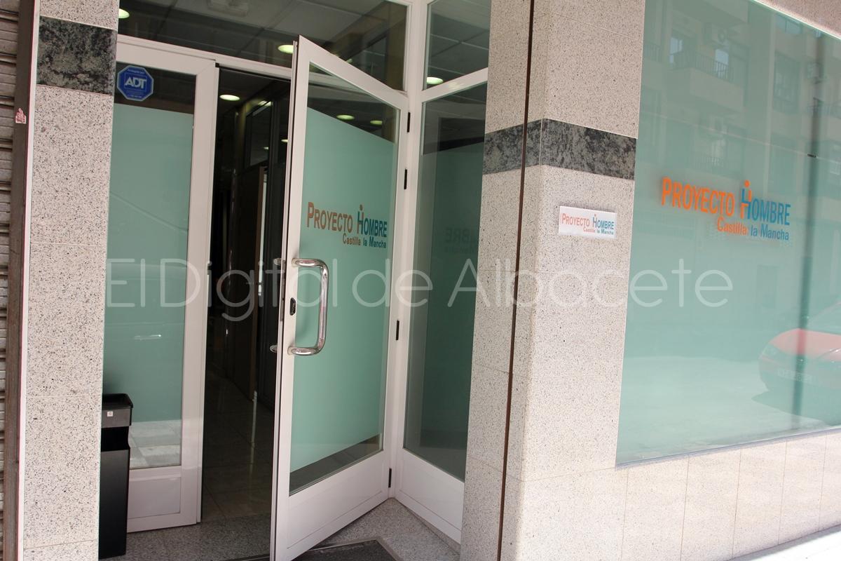 Proyecto Hombre_Calle Mariana Pineda_2015_noticias_albacete (7)