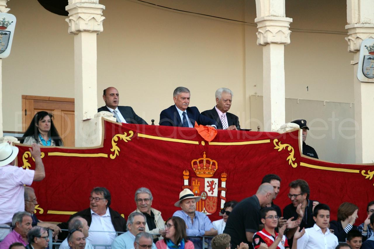 El Juli Lopez Simon y Garrido Feria Albacete 2015 toros  105