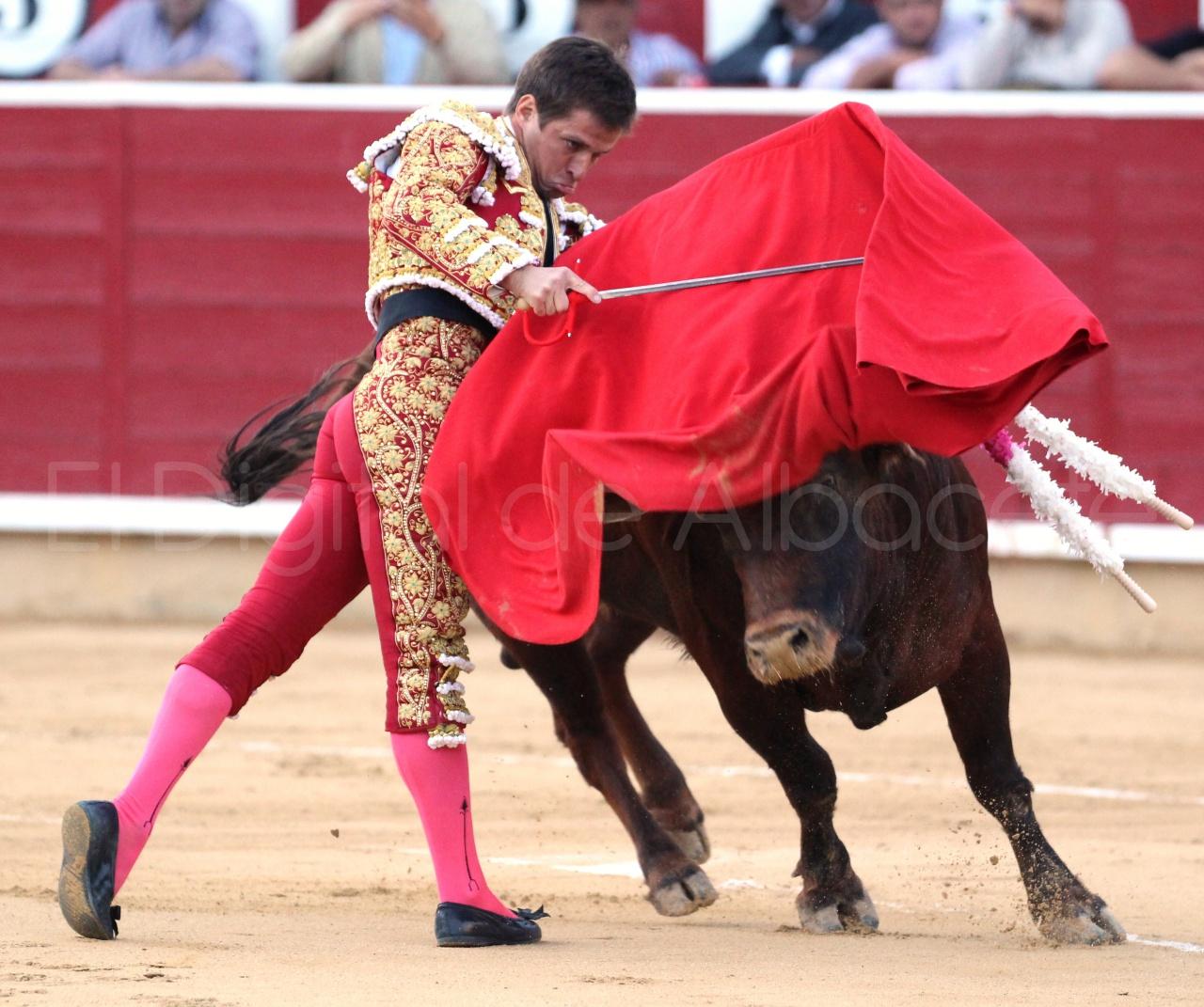 El Juli Lopez Simon y Garrido Feria Albacete 2015 toros  108