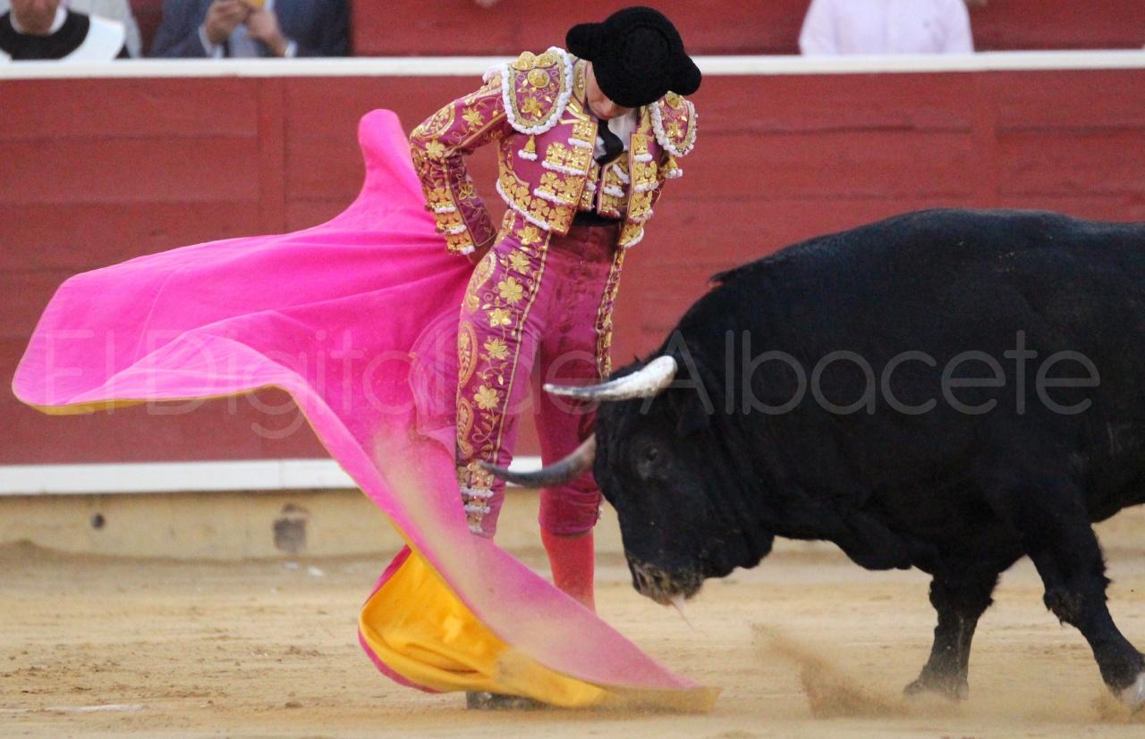 El Juli Lopez Simon y Garrido Feria Albacete 2015 toros  123