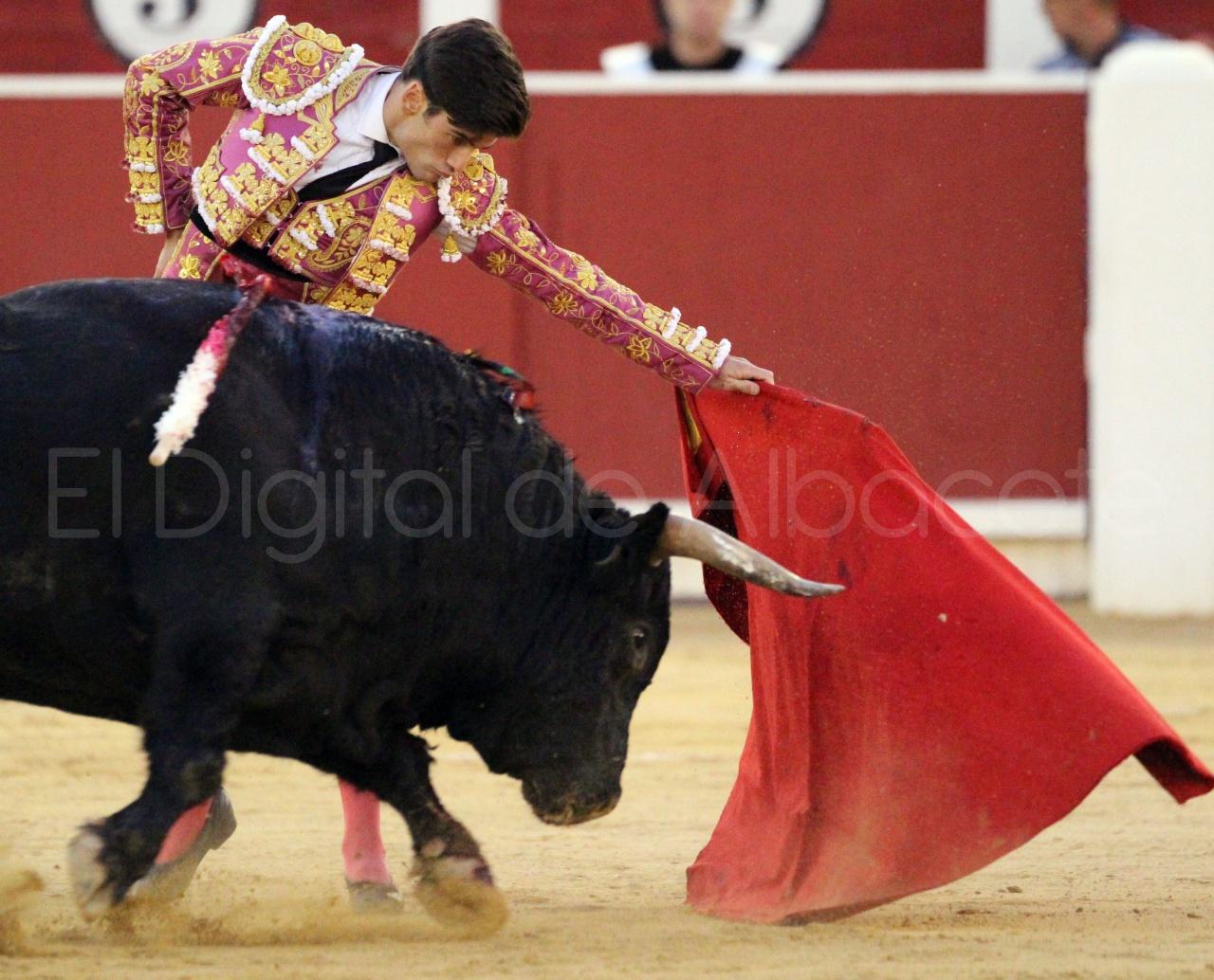 El Juli Lopez Simon y Garrido Feria Albacete 2015 toros  126