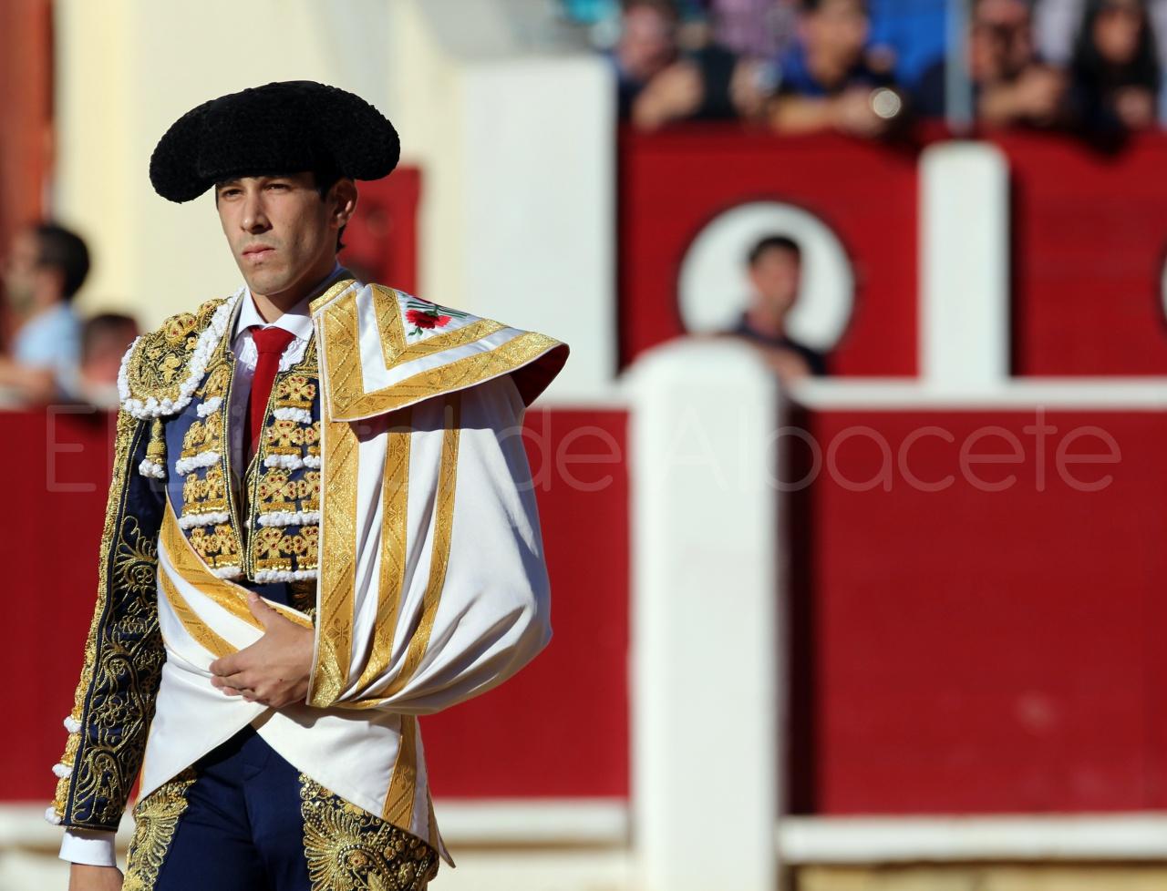 El Juli Lopez Simon y Garrido Feria Albacete 2015 toros  13