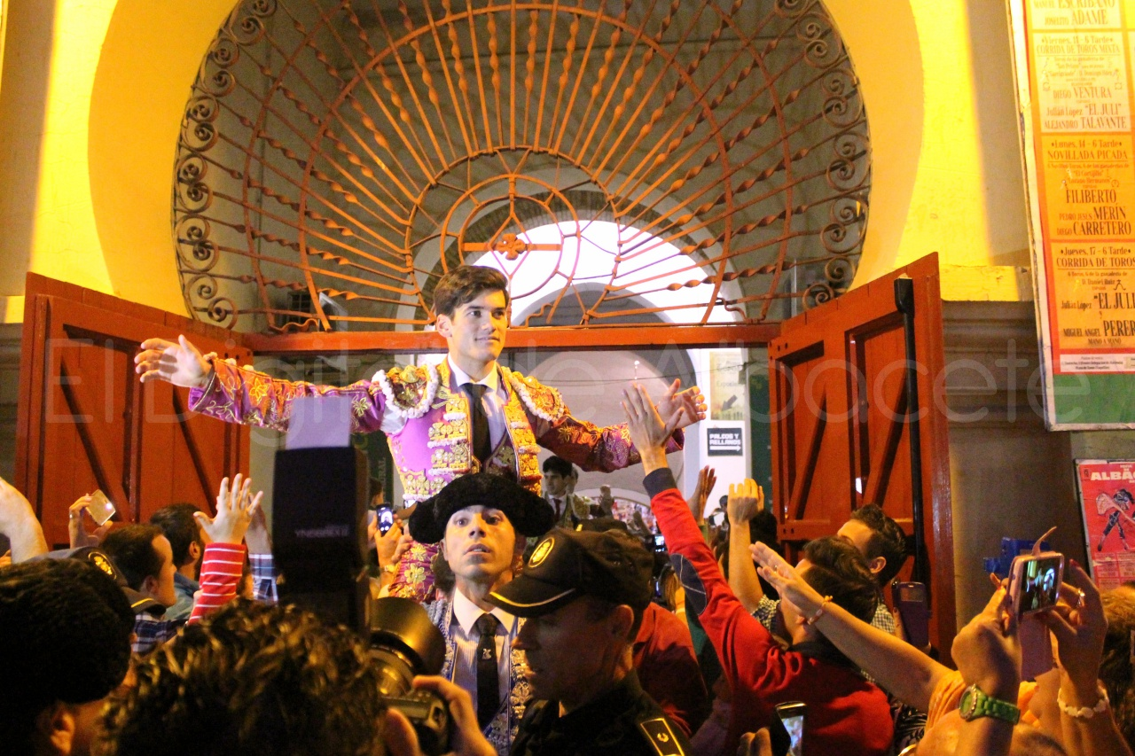 El Juli Lopez Simon y Garrido Feria Albacete 2015 toros  130