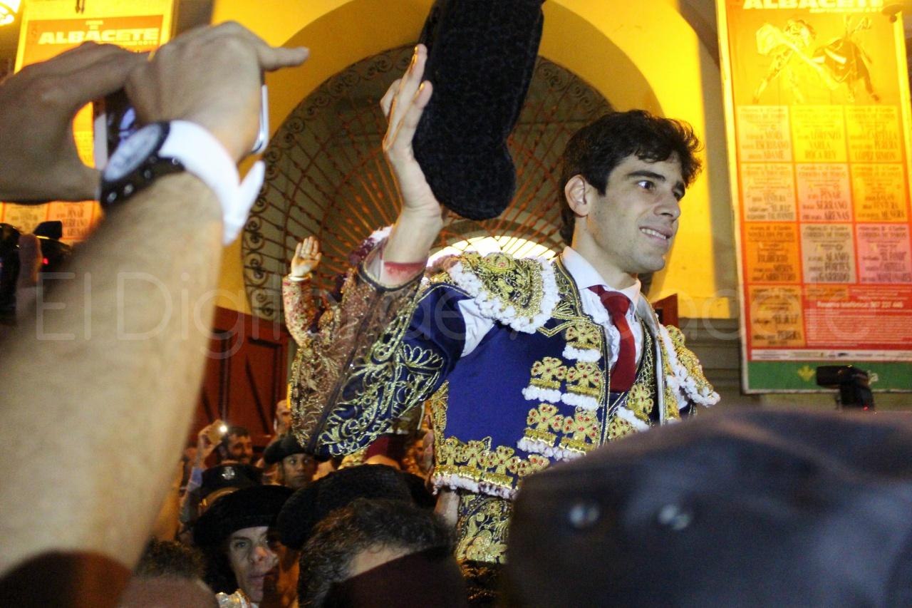 El Juli Lopez Simon y Garrido Feria Albacete 2015 toros  132