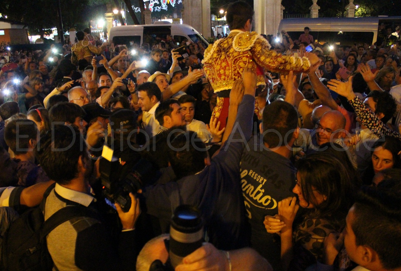 El Juli Lopez Simon y Garrido Feria Albacete 2015 toros  134