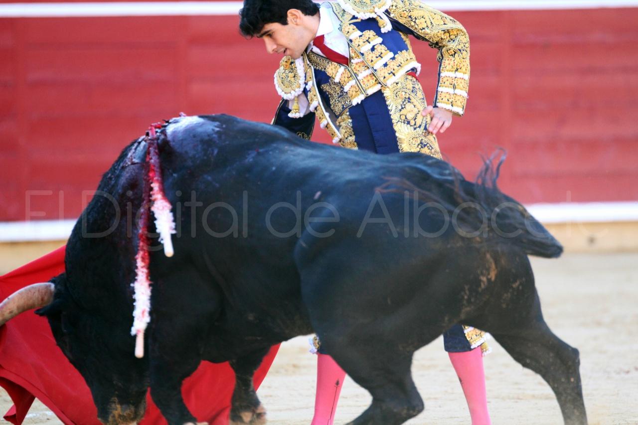 El Juli Lopez Simon y Garrido Feria Albacete 2015 toros  35