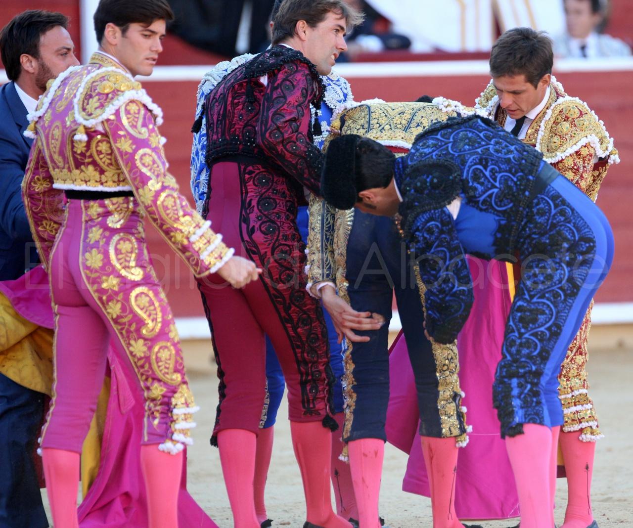 El Juli Lopez Simon y Garrido Feria Albacete 2015 toros  44