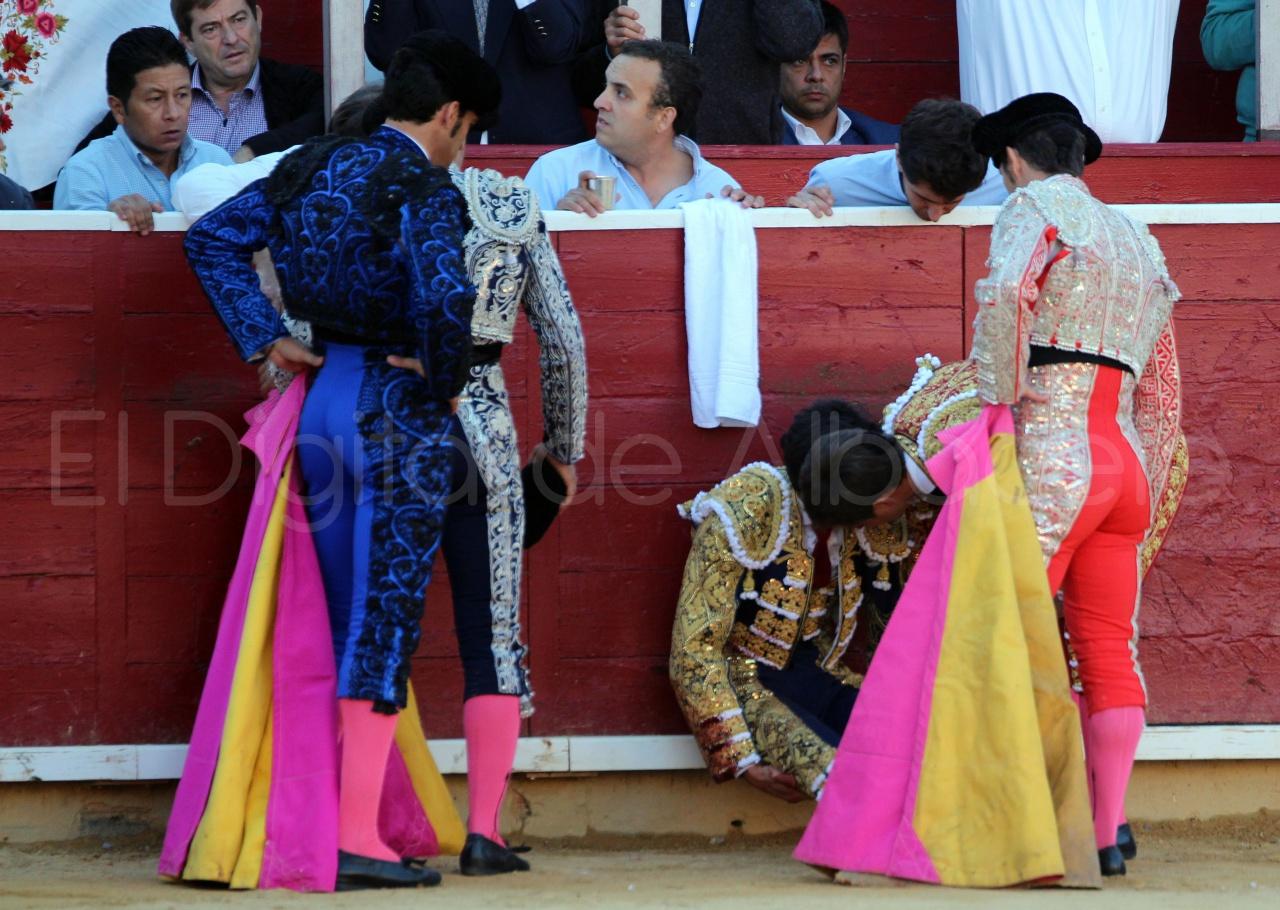 El Juli Lopez Simon y Garrido Feria Albacete 2015 toros  50