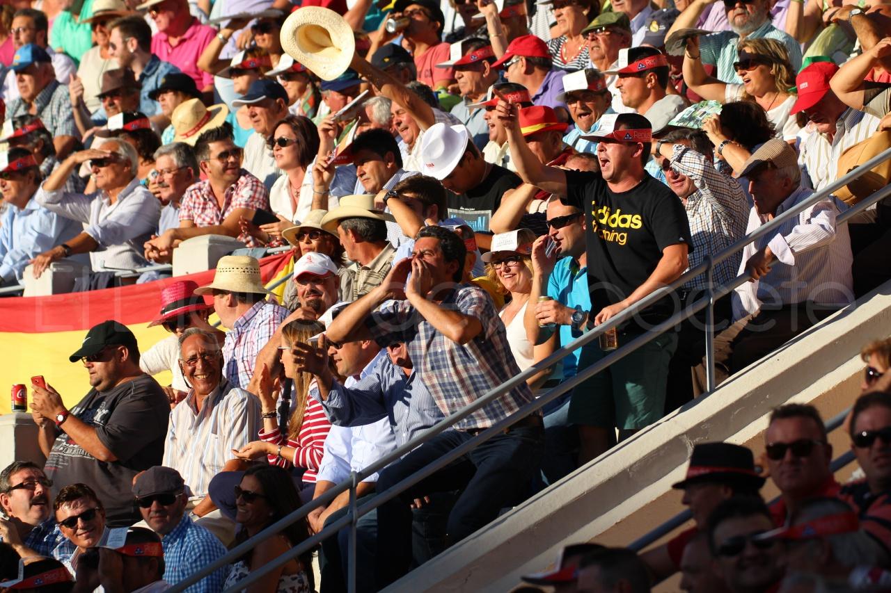 El Juli Lopez Simon y Garrido Feria Albacete 2015 toros  56