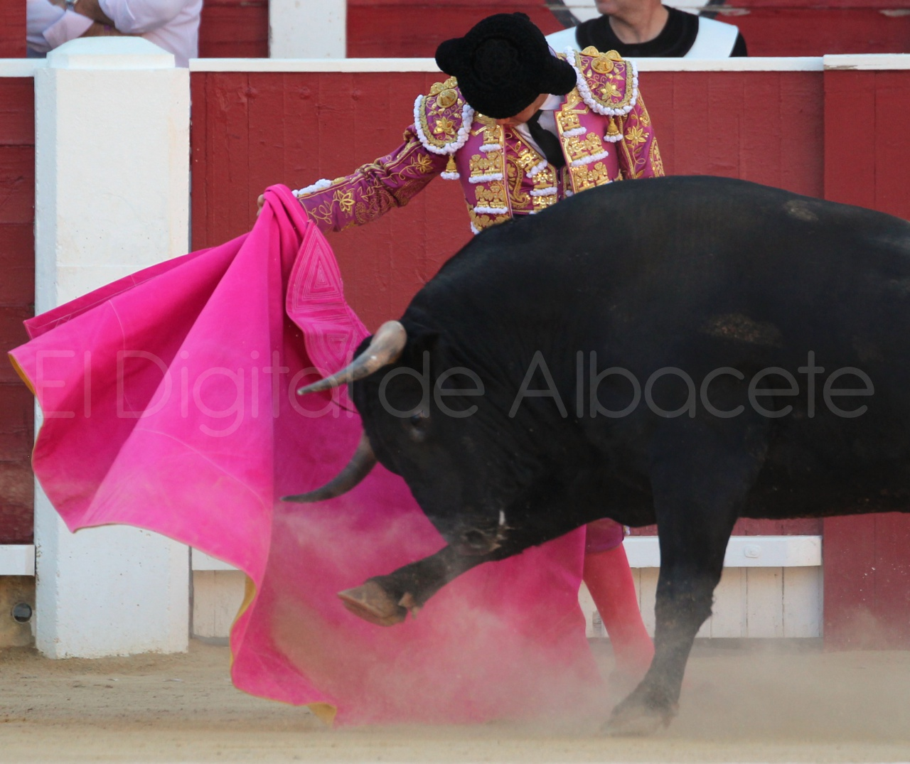 El Juli Lopez Simon y Garrido Feria Albacete 2015 toros  58