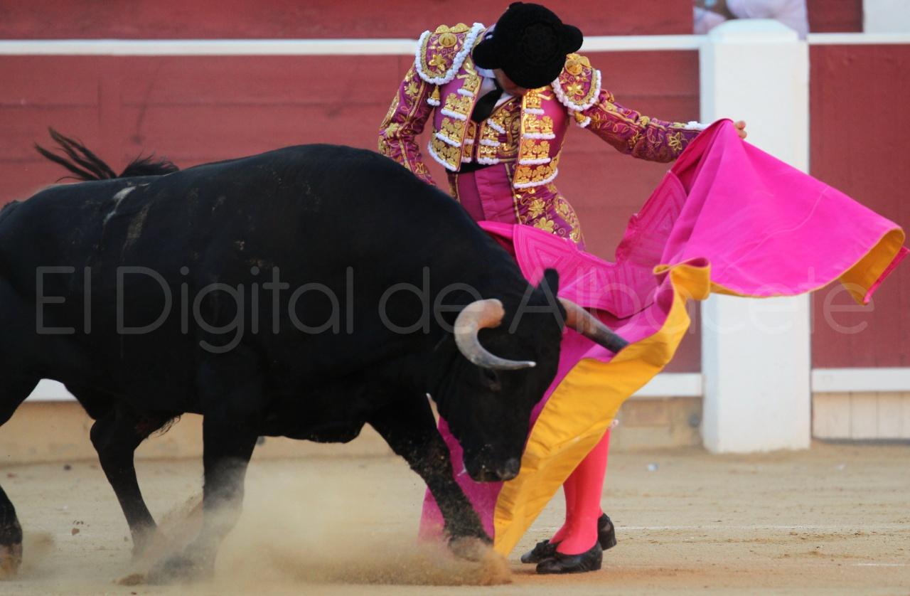 El Juli Lopez Simon y Garrido Feria Albacete 2015 toros  61
