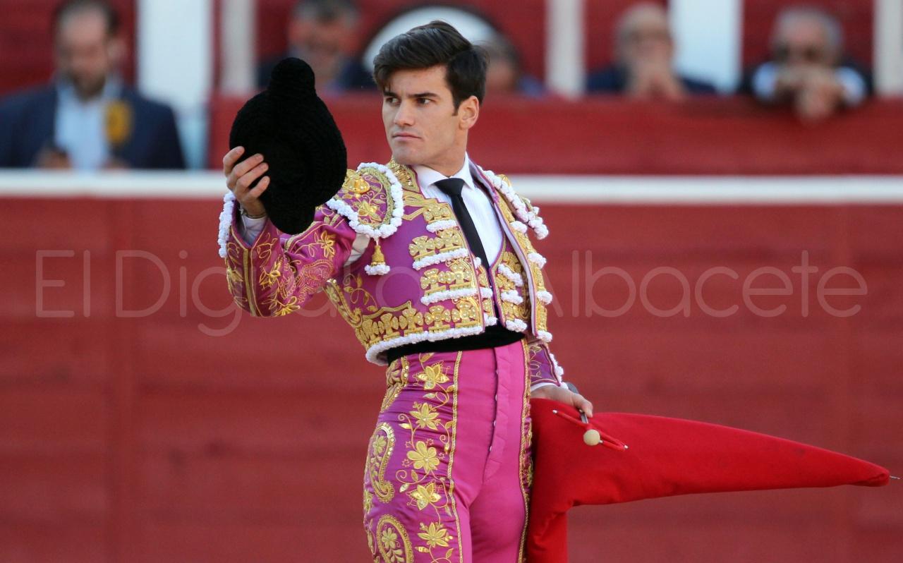 El Juli Lopez Simon y Garrido Feria Albacete 2015 toros  64