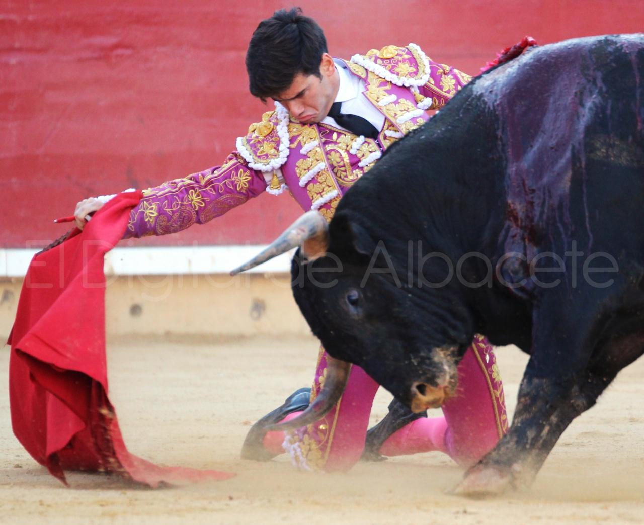 El Juli Lopez Simon y Garrido Feria Albacete 2015 toros  66
