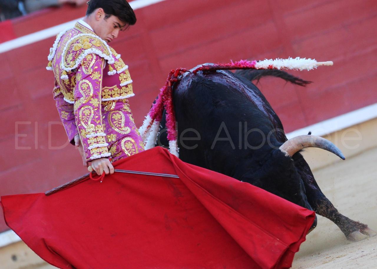 El Juli Lopez Simon y Garrido Feria Albacete 2015 toros  67