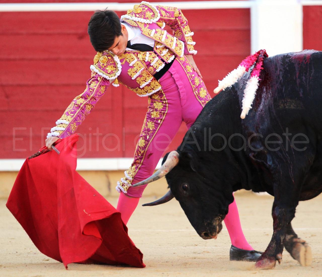 El Juli Lopez Simon y Garrido Feria Albacete 2015 toros  71