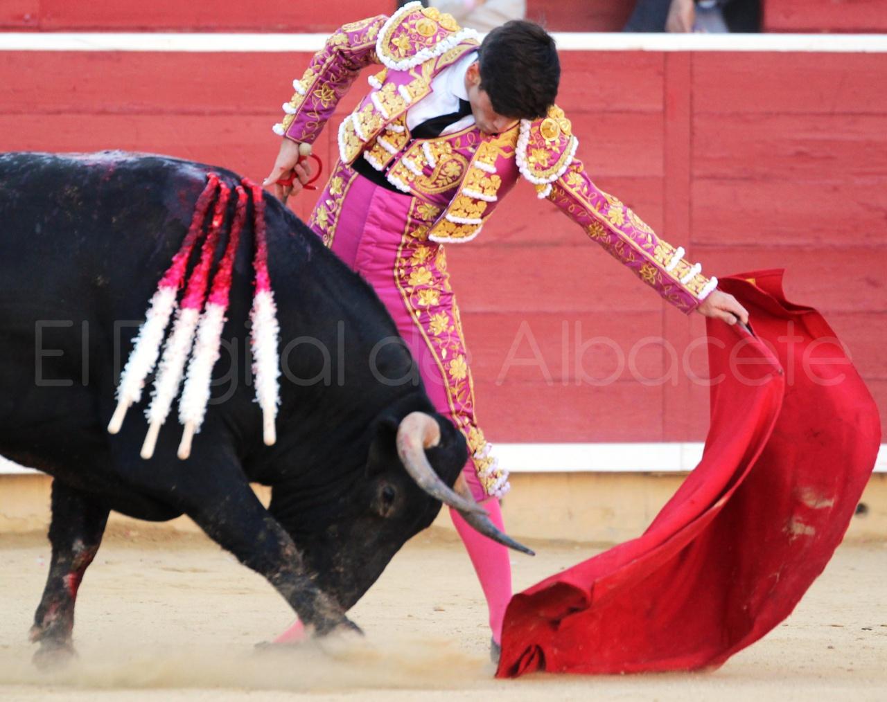 El Juli Lopez Simon y Garrido Feria Albacete 2015 toros  72
