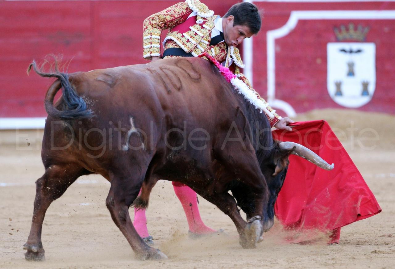 El Juli Lopez Simon y Garrido Feria Albacete 2015 toros  92