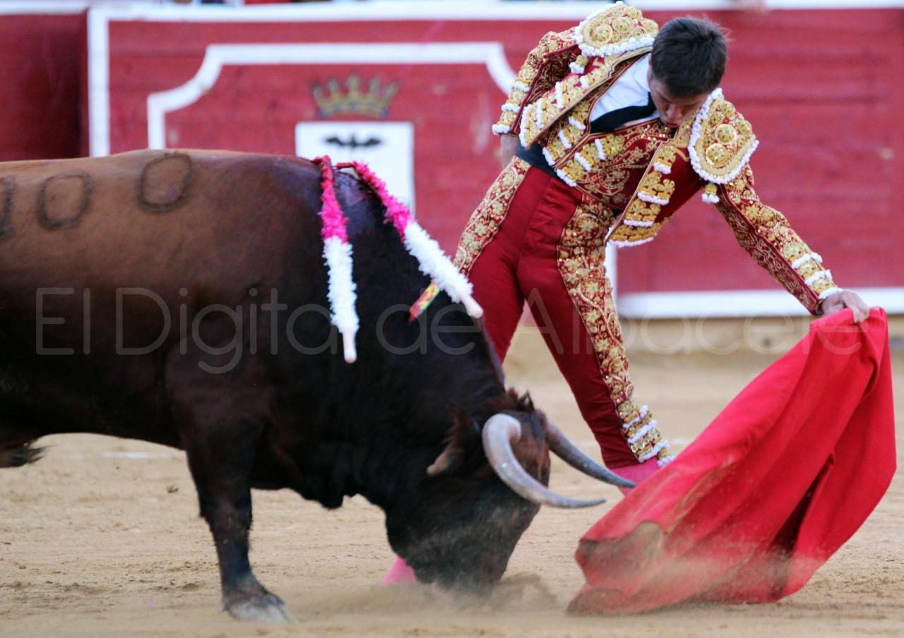 El Juli Lopez Simon y Garrido Feria Albacete 2015 toros  93