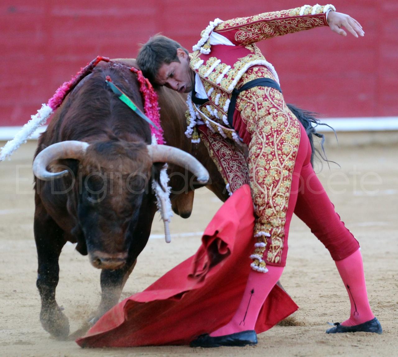 El Juli Lopez Simon y Garrido Feria Albacete 2015 toros  97