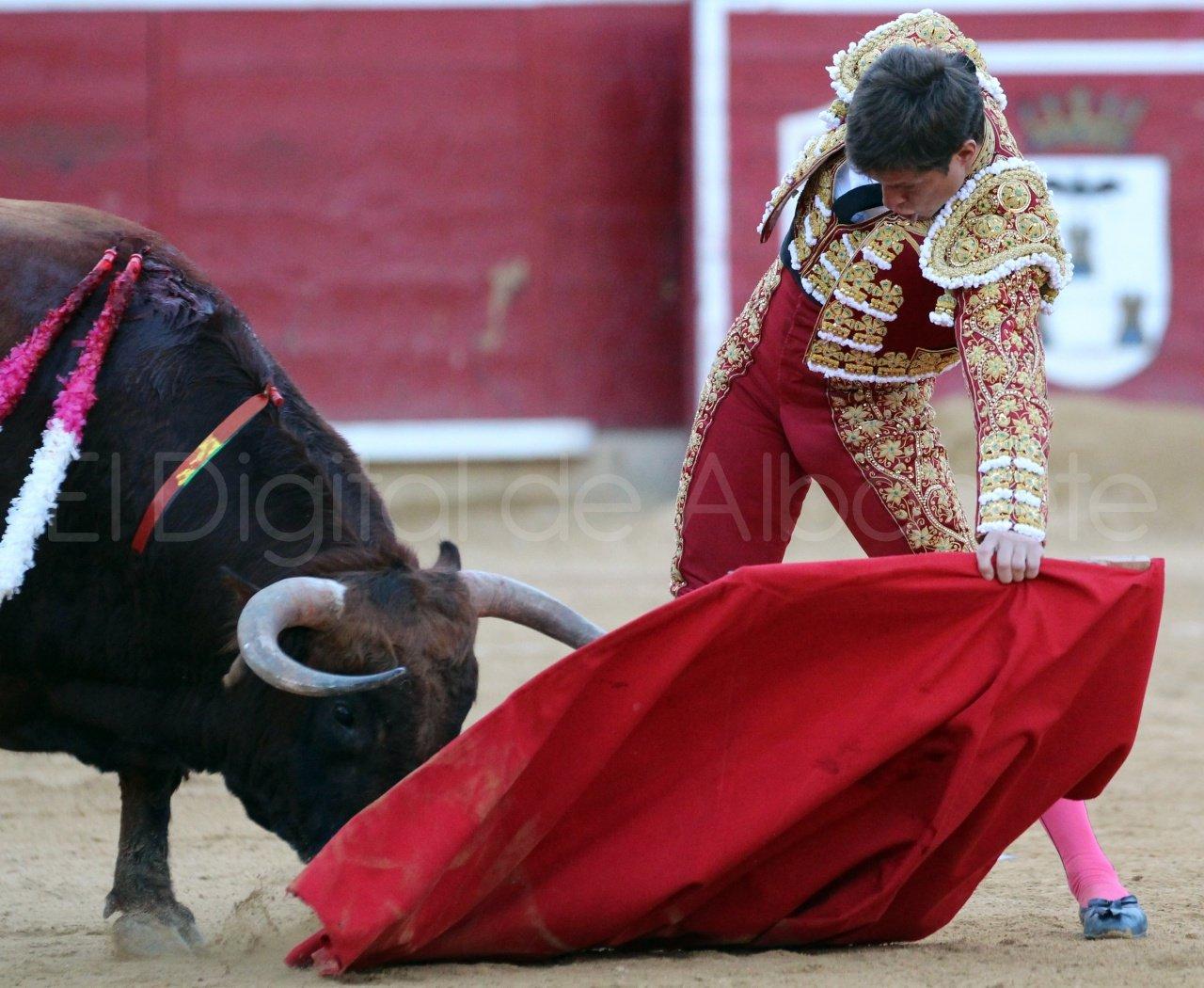 El Juli Lopez Simon y Garrido Feria Albacete 2015 toros  99