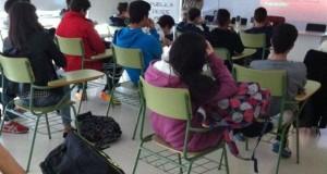 Los profesores españoles no son evaluados de forma regular durante su carrera