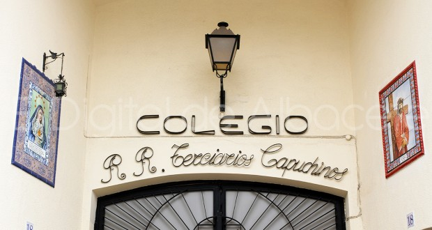 2_COLEGIOS_CAPUCHINOS_ARCHIVO_HELLIN