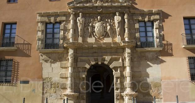 Ayuntamiento de Almansa (Albacete) (Foto - Pilar Felipe)