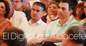 González Ramos (Actual Secretario Provincial del PSOE de Albacete) junto a Pedro Sánchez (Secretario General del PSOE nuevamente desde este domingo)/ Archivo