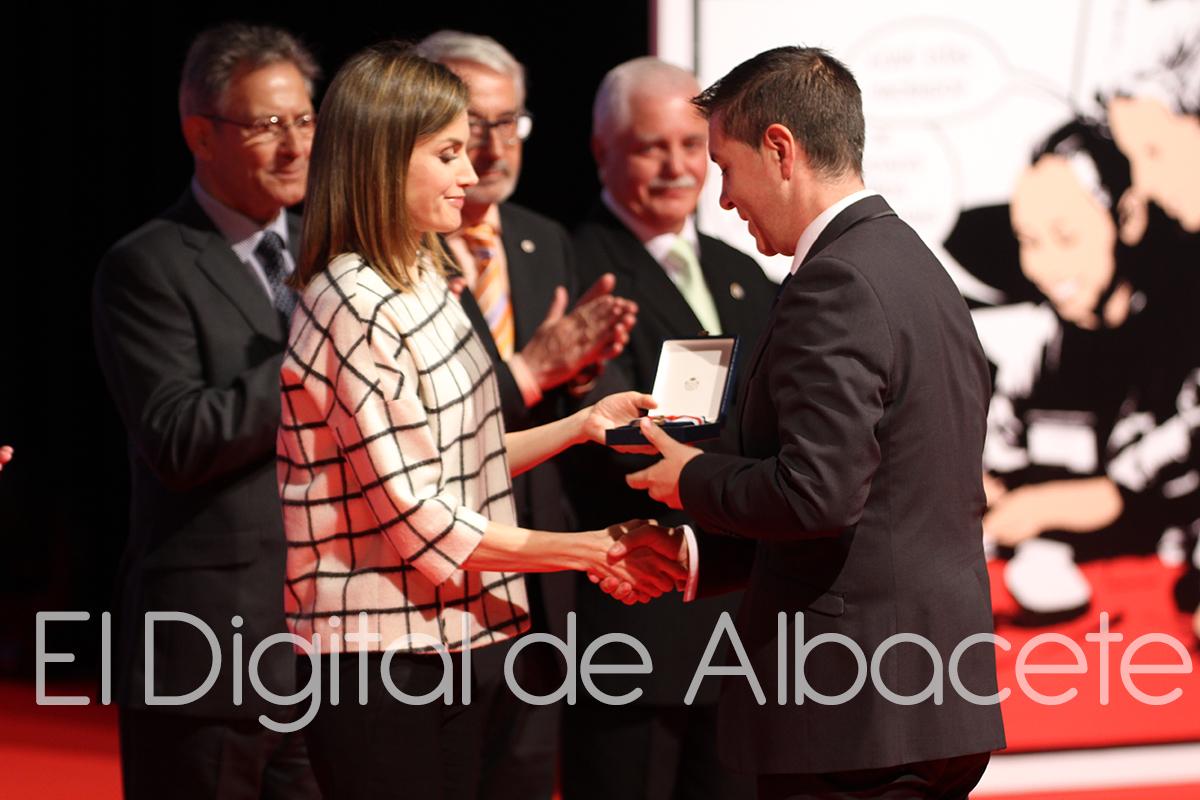 41_REINA_LETICIA_DIA_MUNDIAL_CRUZ_ROJA_NOTICIAS_ALBACETE.jpg