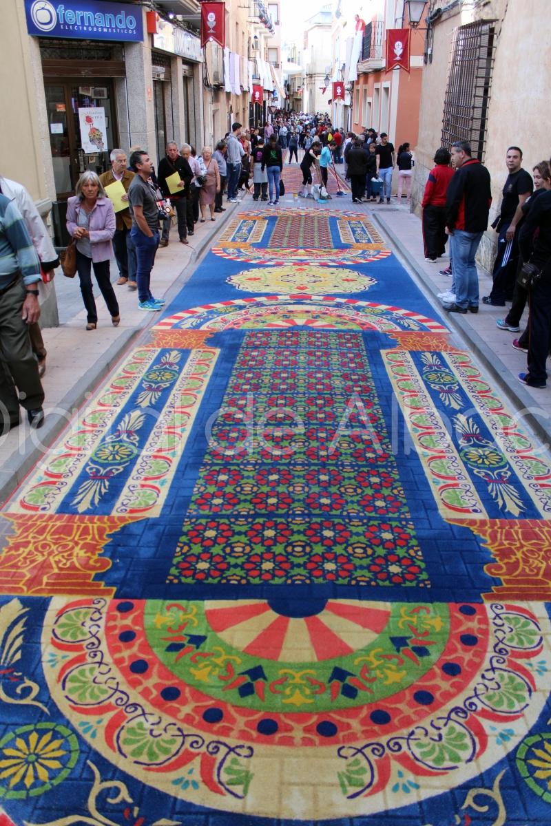 Fotos las mejores im genes de las alfombras de serr n de elche de la sierra el digital de - Las mejores alfombras ...