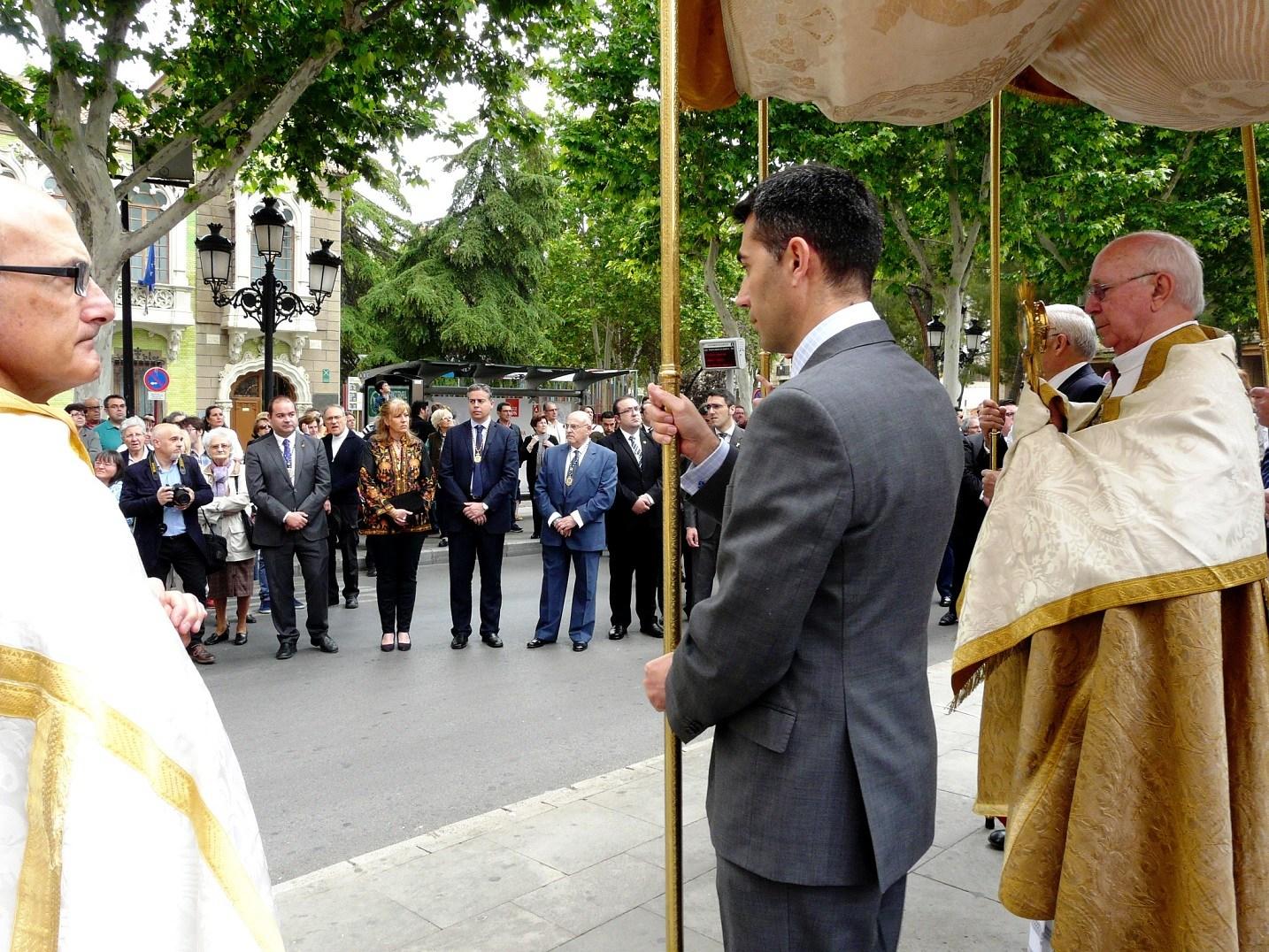 Foto.Misa y procesión del Corpus Christi (1)
