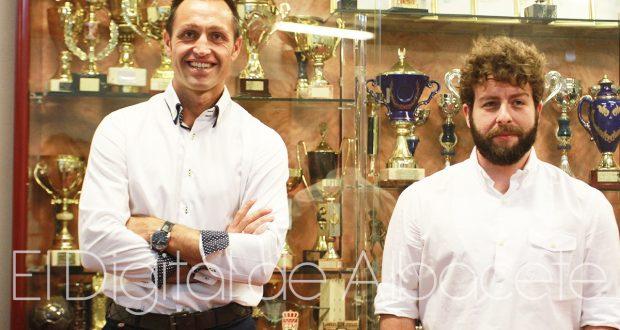 Aira, entrenador y Víctor Moreno, Director Deportivo