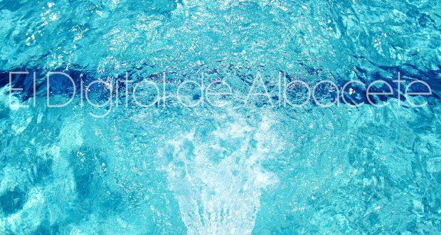 Dos a os de c rcel por abusar de una ni a en la piscina for Piscina municipal albacete