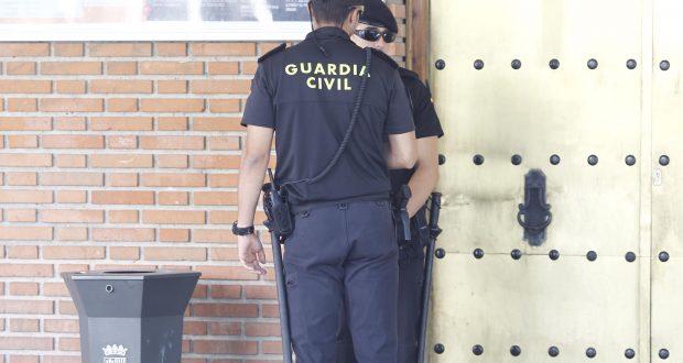 Once detenidos en una operación contra el amaño de contratos en Ayuntamientos de toda España