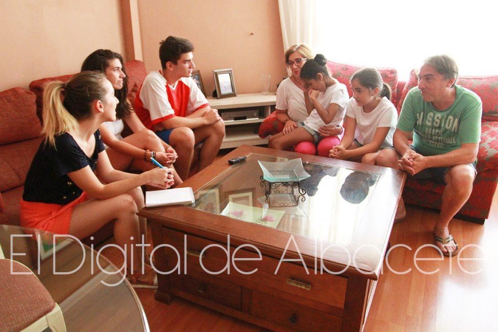 NIÑA SAHARAUI NOTICIAS ALBACETE IMG_3872-01