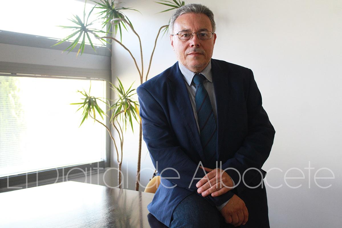 DECANO_MEDICINA_NOTICIAS_ALBACETE 01