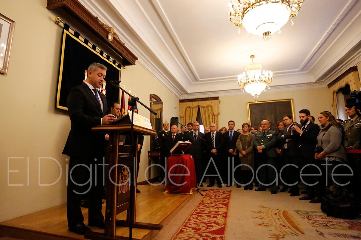 Toma posesi n el nuevo subdelegado del gobierno en for Pisos nuevos en albacete