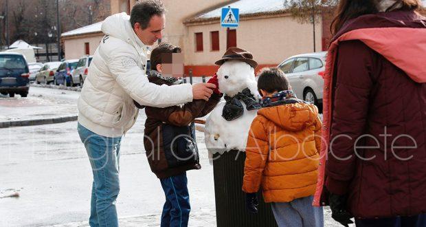 muneco-nieve-ninos