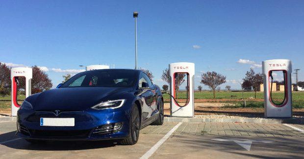 Tesla abre un supercargador en la gineta el digital de - El tiempo en la gineta albacete ...