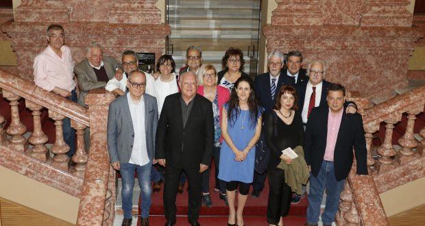 Foto. Manuel Serrano solicita a los galardonados en los XXXII Premios Internacionales Barcarola que difundan las bondades de la cultura albaceteña. 180517