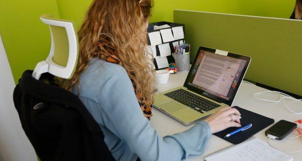 Fuerte descenso del paro en albacete capital el digital for Oficina paro tarragona
