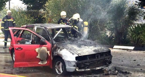 coche ardido