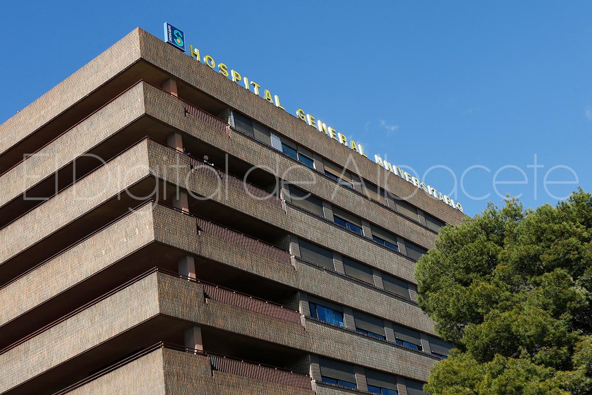 El hospital de albacete contar con dos nuevos arcos for Pisos nuevos en albacete